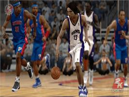 In game image of NBA 2K7 on the Microsoft Xbox.