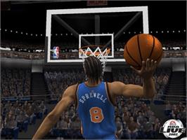 In game image of NBA Live 2002 on the Microsoft Xbox.