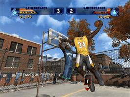 In game image of NBA Street Vol. 2 on the Microsoft Xbox.