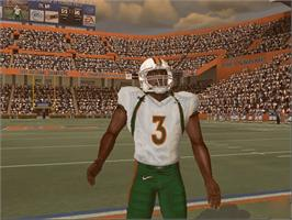 In game image of NCAA Football 2005 on the Microsoft Xbox.
