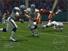 In game image of NFL 2K3 on the Microsoft Xbox.