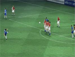 In game image of UEFA Champions League 2004-2005 on the Microsoft Xbox.