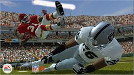 In game image of Madden NFL 08 on the Microsoft Xbox 360.