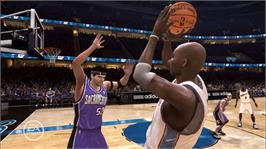 In game image of NBA LIVE 08 on the Microsoft Xbox 360.