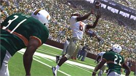 In game image of NCAA® Football 07 on the Microsoft Xbox 360.