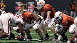 In game image of NCAA® Football 11 on the Microsoft Xbox 360.