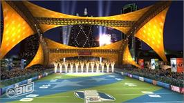 In game image of NFL Tour on the Microsoft Xbox 360.
