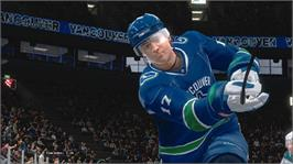 In game image of NHL 2K9 on the Microsoft Xbox 360.