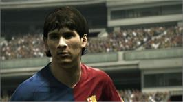 In game image of PES 2010 on the Microsoft Xbox 360.