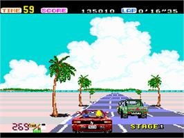 In game image of OutRun on the NEC PC Engine.
