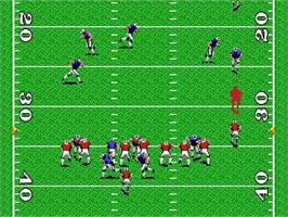 In game image of TV Sports: Football on the NEC TurboGrafx-16.
