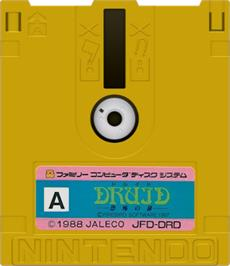 Artwork on the Disc for Druid - Kyoufu no Tobira on the Nintendo Famicom Disk System.