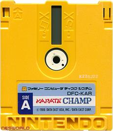 Artwork on the Disc for Karate Champ on the Nintendo Famicom Disk System.
