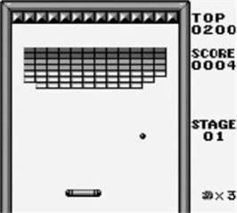 In game image of Alleyway on the Nintendo Game Boy.