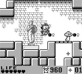 In game image of Garfield Labyrinth on the Nintendo Game Boy.