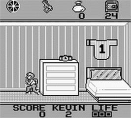 In game image of Home Alone on the Nintendo Game Boy.