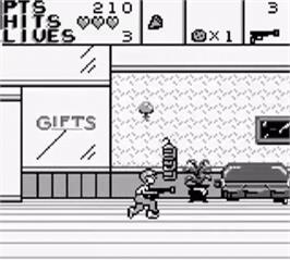 In game image of Home Alone 2: Lost in New York on the Nintendo Game Boy.