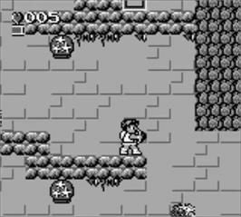 In game image of Kid Icarus: Of Myths and Monsters on the Nintendo Game Boy.