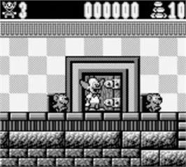 In game image of Krusty's Fun House on the Nintendo Game Boy.