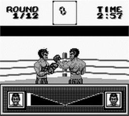 In game image of Riddick Bowe Boxing on the Nintendo Game Boy.