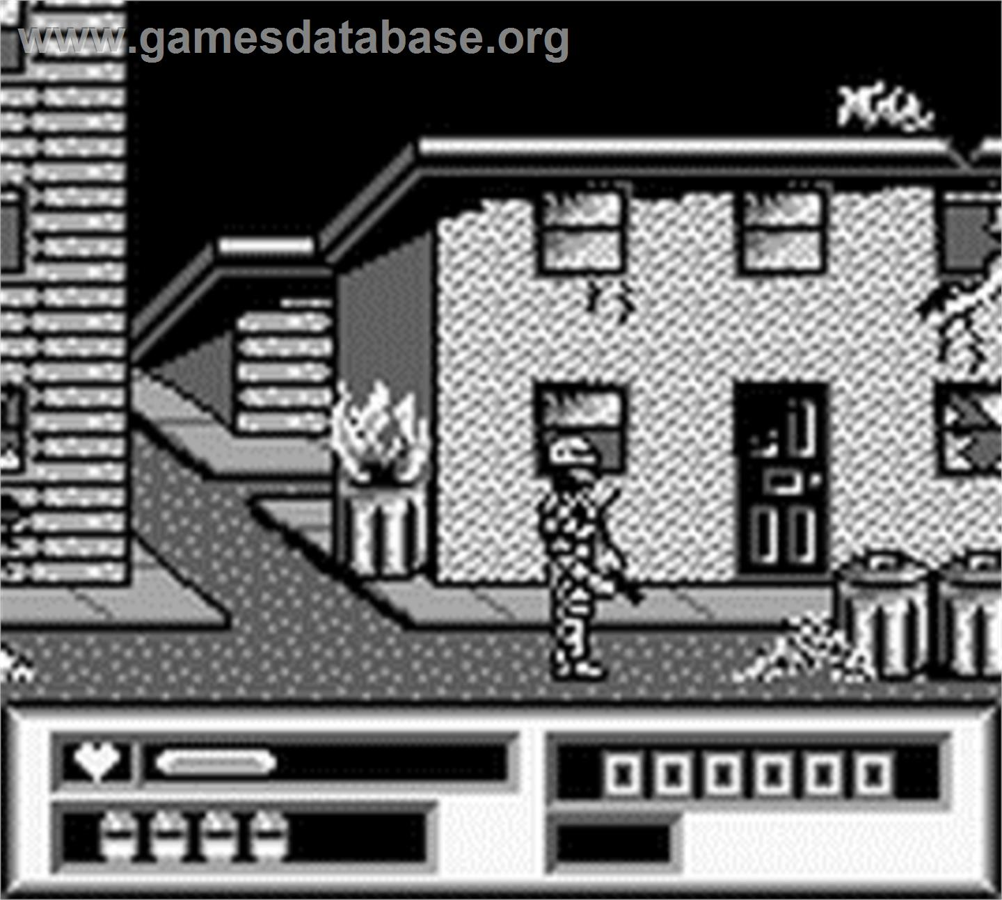 In game image of Robocop vs. the Terminator on the Nintendo Game Boy.