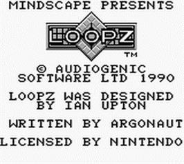 Title screen of Loopz on the Nintendo Game Boy.