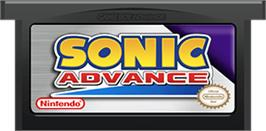 Cartridge artwork for Sonic Advance on the Nintendo Game Boy Advance.