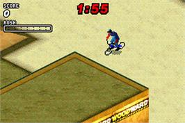 In game image of Dave Mirra Freestyle BMX 2 on the Nintendo Game Boy Advance.