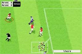 In game image of FIFA 2003 on the Nintendo Game Boy Advance.