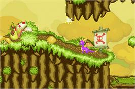 In game image of Legend of Spyro: A New Beginning on the Nintendo Game Boy Advance.