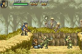 In game image of Metal Slug Advance on the Nintendo Game Boy Advance.