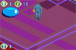In game image of TRON 2.0: Killer App on the Nintendo Game Boy Advance.