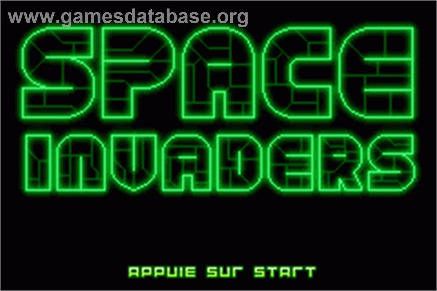 Space Invaders Space invaders - nintendo game