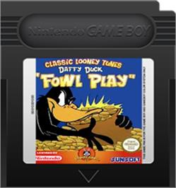 Cartridge artwork for Daffy Duck: Fowl Play on the Nintendo Game Boy Color.