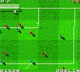 In game image of David O'Leary's Total Soccer 2000 on the Nintendo Game Boy Color.