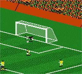 In game image of FIFA 2000: Major League Soccer on the Nintendo Game Boy Color.