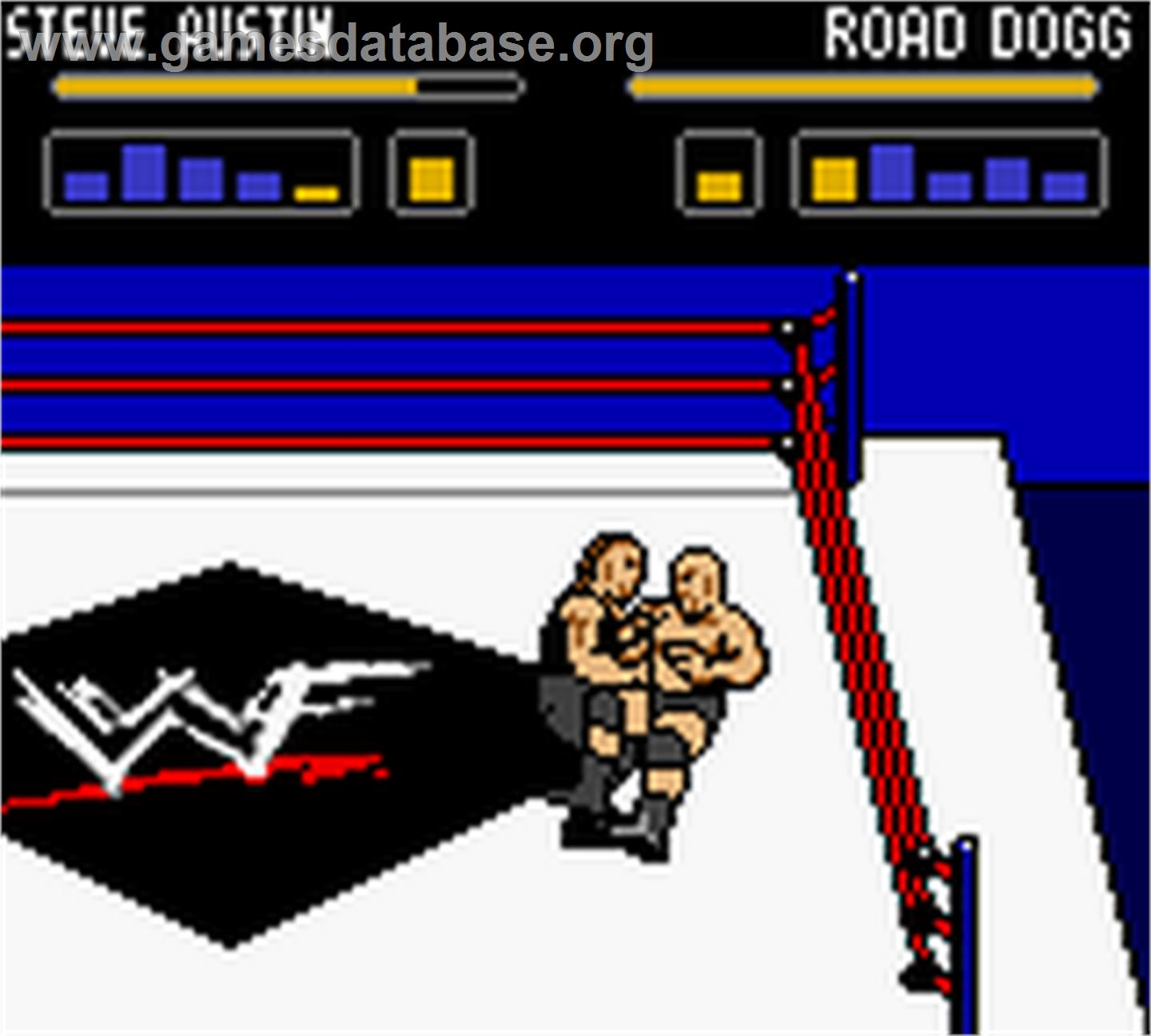 In game image of WWF Wrestlemania 2000 on the Nintendo Game Boy Color.
