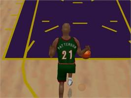 In game image of NBA Courtside 2: Featuring Kobe Bryant on the Nintendo N64.