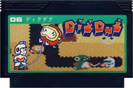 Cartridge artwork for Dig Dug on the Nintendo NES.