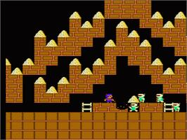 In game image of Championship Lode Runner on the Nintendo NES.