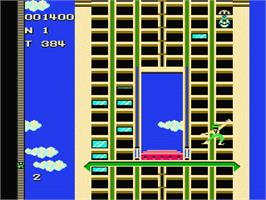 In game image of Crazy Climber on the Nintendo NES.
