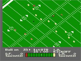 In game image of Play Action Football on the Nintendo NES.