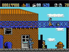 In game image of Robocop 2 on the Nintendo NES.