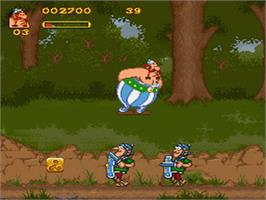 In game image of Asterix and Obelix on the Nintendo SNES.