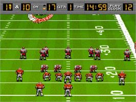 In game image of Bill Walsh College Football on the Nintendo SNES.
