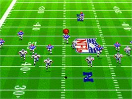 In game image of Madden NFL '94 on the Nintendo SNES.