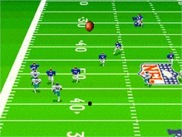 In game image of Madden NFL '95 on the Nintendo SNES.