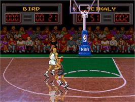 In game image of NBA All-Star Challenge on the Nintendo SNES.