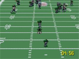 In game image of NFL Quarterback Club '96 on the Nintendo SNES.