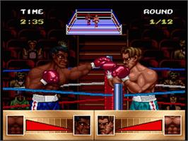In game image of Riddick Bowe Boxing on the Nintendo SNES.
